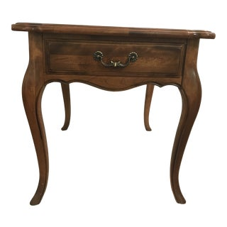 French Country Ethan Allen Solid Maple Side Table For Sale