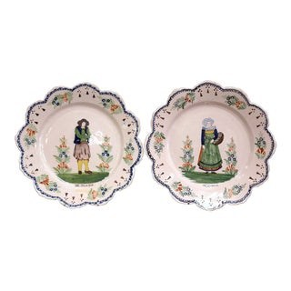 Pair of Early 20th Century French Hand-Painted Faience Plates Signed Hr Quimper For Sale