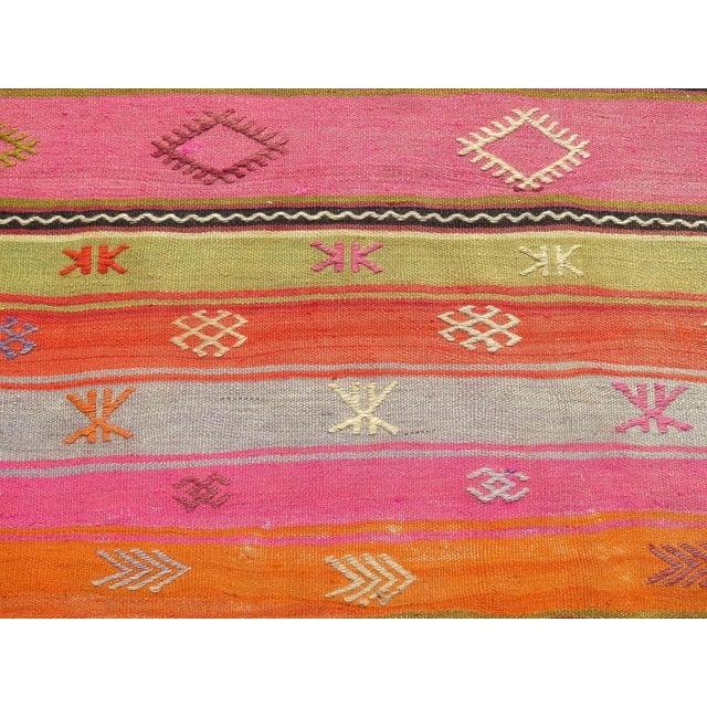Vintage Turkish Kilim Area Rug - 5′4″ × 7′10″ - Image 8 of 11