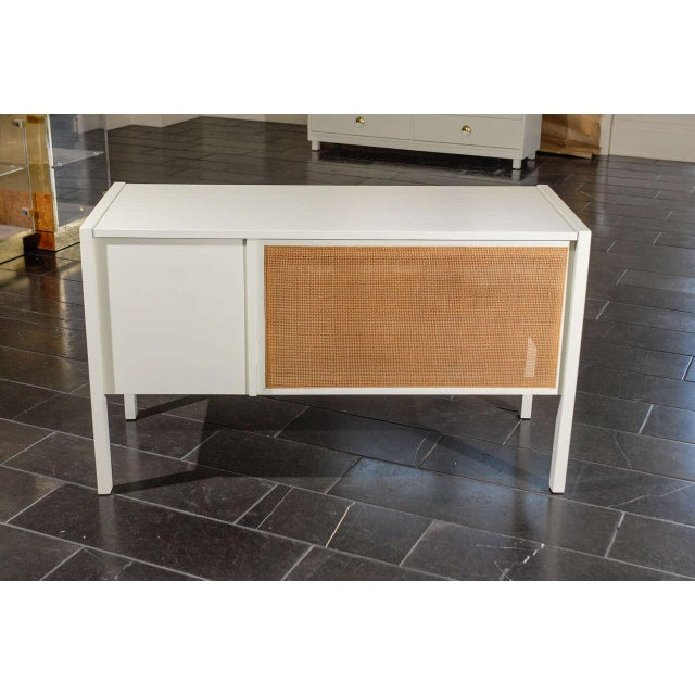 Mid-Century Modern Beautiful Landstrom Modern Desk in Cream Lacquer For Sale - Image 3 of 11