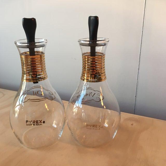Pyrex Oil & Vinegar Set - Image 5 of 5