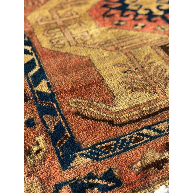 Shabby Chic 1950s Vintage Persian Sarab Runner Rug - 3′1″ × 10′2″ For Sale - Image 3 of 13