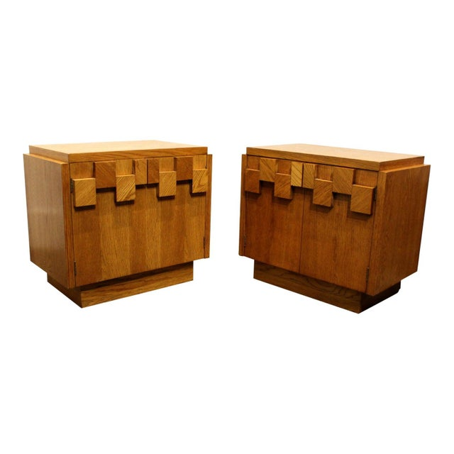Pair of Oak 1970s Mid-Century Modern Brutalist Nightstands by Lane For Sale - Image 9 of 9