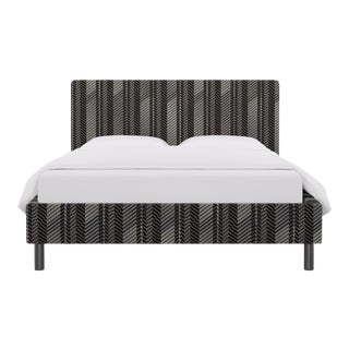 Queen Tailored Platform Bed in PS1 Herringbone For Sale