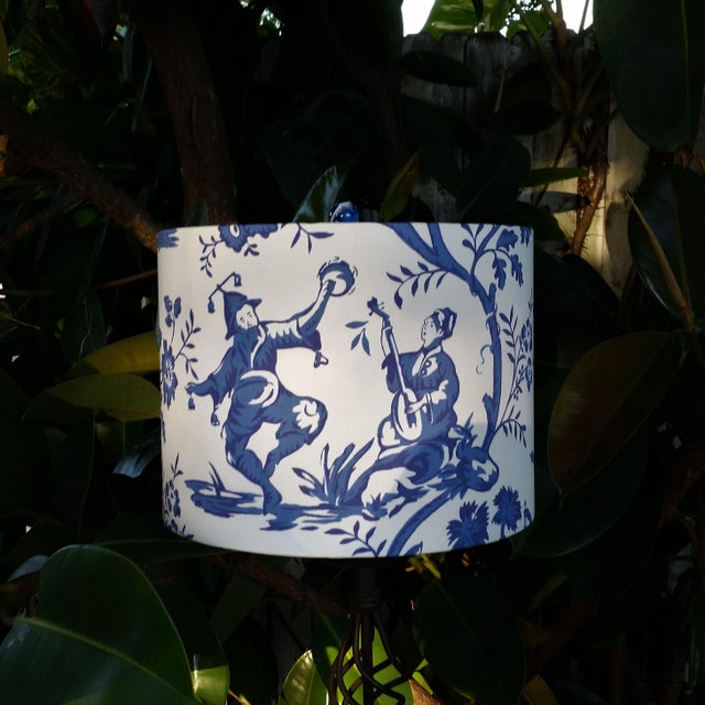 Not Yet Made - Made To Order Cobalt Blue White Cotton Duralee Suri Fabric Drum Lampshade For Sale - Image 5 of 11