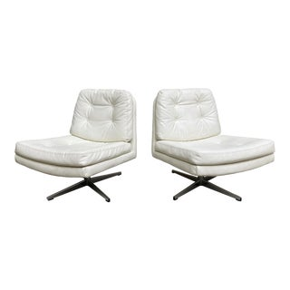 White Swivel Lounge Chairs, a Pair For Sale