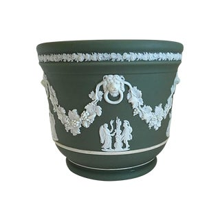 Wedgwood Green Cache Pot For Sale