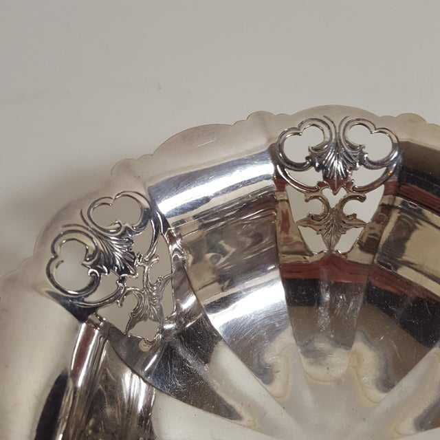 Mappin & Webb 1920s Antique Mappin and Webb Silver Plated Candy Dish For Sale - Image 4 of 7