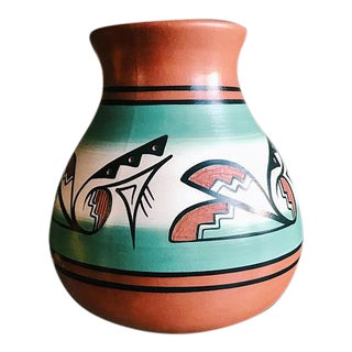 Early 20th Century Vintage Signed Native American Style Pottery Vase For Sale