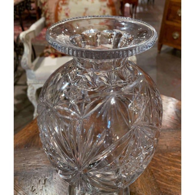 Midcentury Clear Cut Glass Vase With Foliage and Star Motifs For Sale - Image 4 of 10