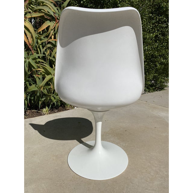 Knoll Saarinen Tulip Armless Chairs- Set of 4 For Sale - Image 4 of 12