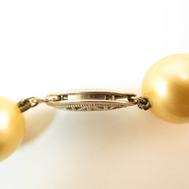 Faux South Seas Pearl Necklace 1940s For Sale - Image 10 of 11