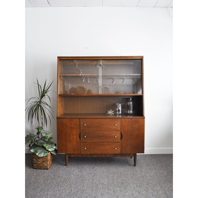 Stanley Furniture Mid-Century Modern Hutch For Sale - Image 10 of 11