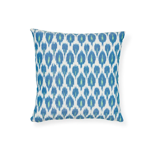 """The face of this 18"""" x 18"""" pillow features Indio Ikat in Green paired with Presidio Ikat in Peacock on the back. Indio..."""