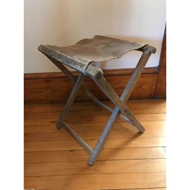 Fabulous 1900S Vintage Folding Wood Leather Camp Stool Ibusinesslaw Wood Chair Design Ideas Ibusinesslaworg