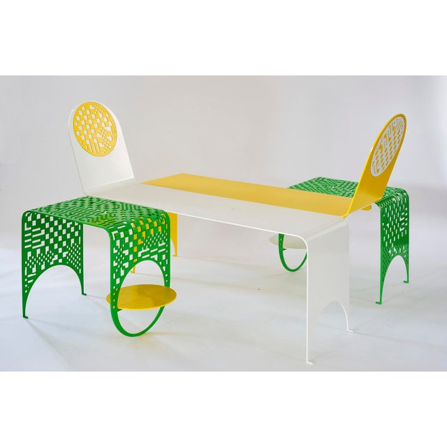 Contemporary Thin Check Double Chaise and Table Set in Powder Coated Steel - 4 Pc. Set For Sale In New York - Image 6 of 6