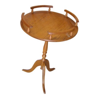 1950s Round Wooden Pedestal 3 Footed Gallery Rail Side Table For Sale