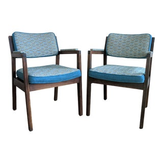Pair of Vintage Accent Chairs - by the Alma Desk Company For Sale