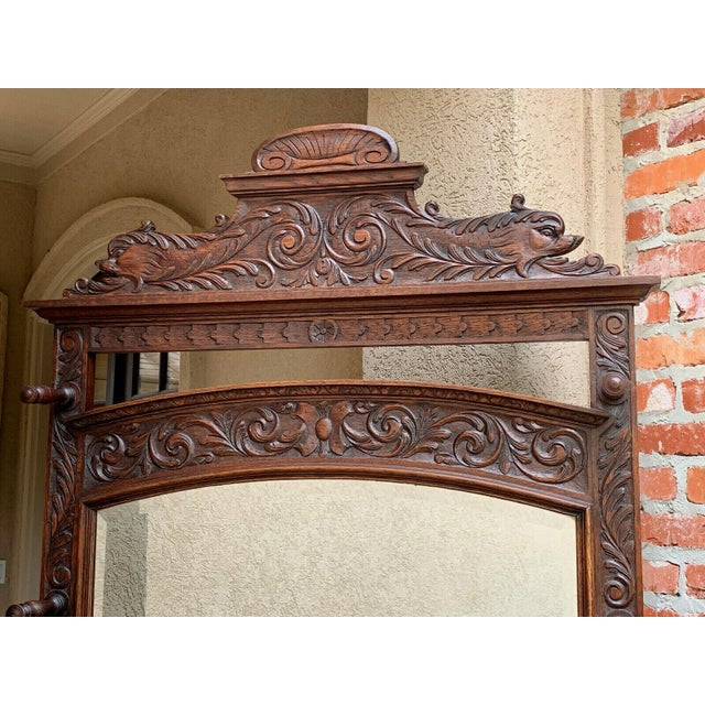 Antique English Renaissance Carved Oak Hall Tree Stand Dome Mirror Coat Hat Rack For Sale - Image 11 of 13