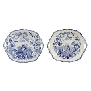Set of Two Chinese White and Blue Porcelain Plates For Sale