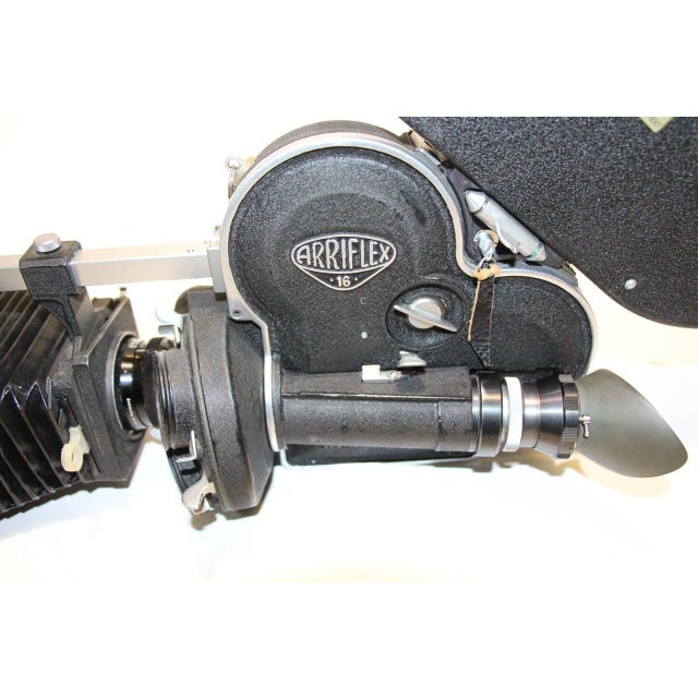 1950s Arriflex Model 16ST Cinema Camera Complete & Working Circa 1950 As Sculpture For Sale - Image 5 of 10