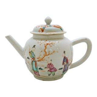 Late 18th Century Antique Chinese Export Teapot For Sale