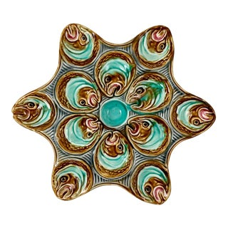 French Barbotine Onnaing Majolica Fish Head Star Shape Oyster Plate For Sale