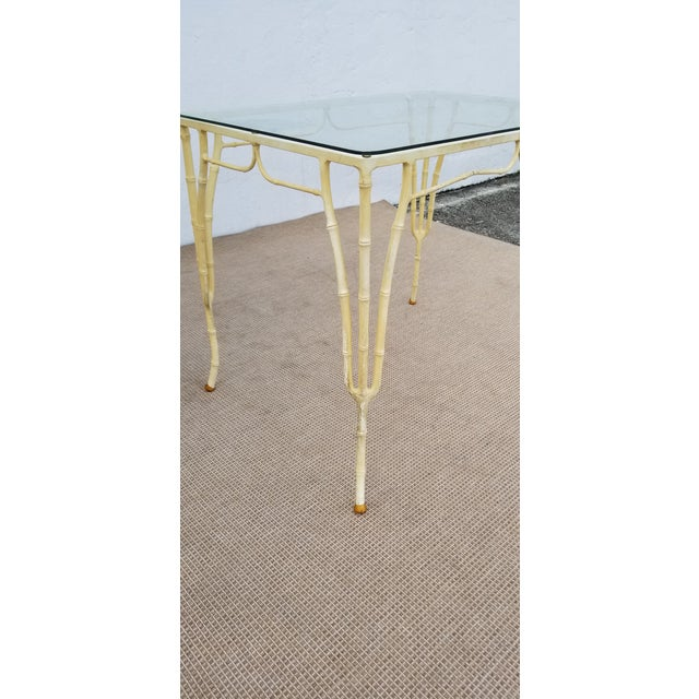 1960s Vintage Brown Jordan Calcuta Faux Bamboo Aluminum Outdoor Dining- Set of 5 For Sale - Image 11 of 13