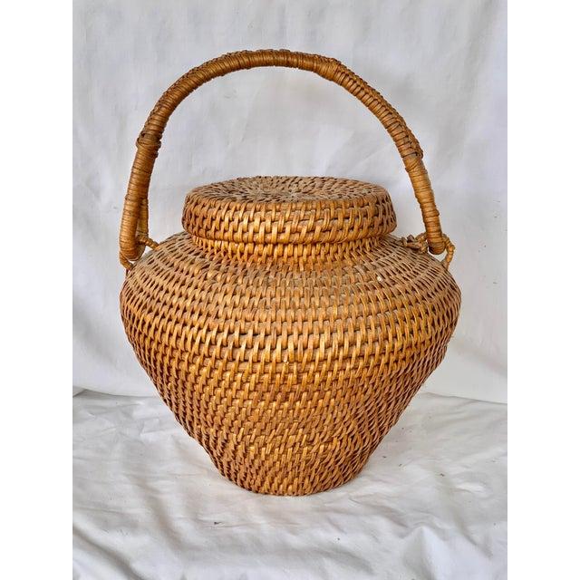 1970s Vintage Large Lidded Basket For Sale - Image 5 of 13