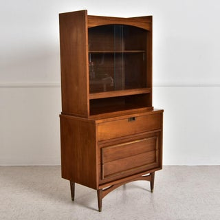1950s Vintage Walnut Compact Hutch Preview