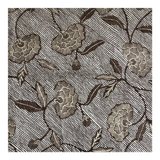 China Seas Flores II Brown on White Fabric For Sale