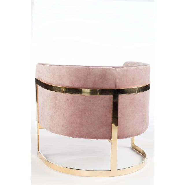 "New and never been used. Made of stainless steel and velvet. 40 pounds. Colors include mauve and gold. Seat height: 18"" NO..."