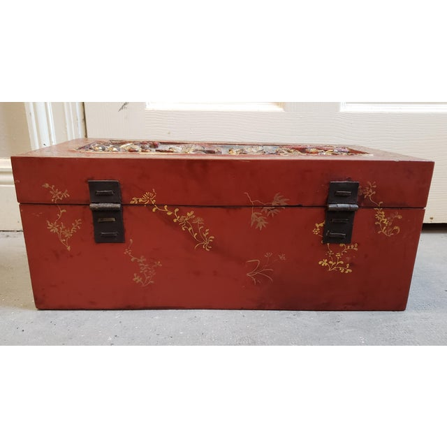 Wood Late 19th Century Chinese Painted Lacquered Wood Carved Imperial Court Motif Chest For Sale - Image 7 of 10