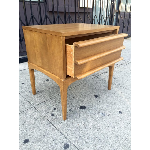 Mid-Century Lane Rhythm End Table Nightstand - Image 6 of 10