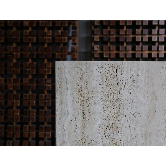 Hollywood Regency Late 20th Century Tall Travertine Pedestal For Sale - Image 3 of 6