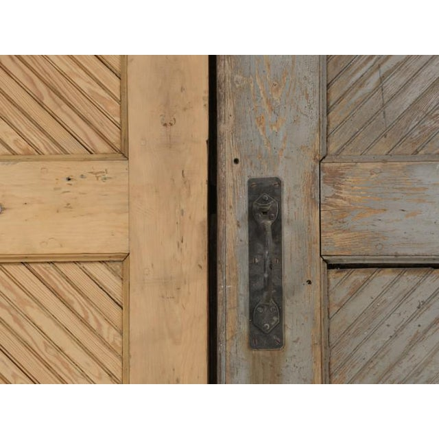 Antique 1890s American Garage or Barn Doors - a Pair For Sale - Image 12 of 13
