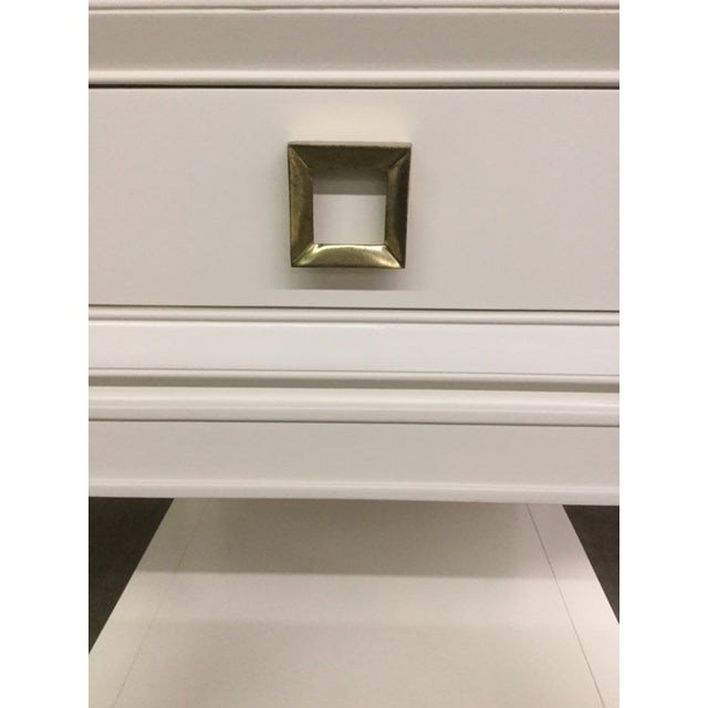 "Hollywood Regency ""Malibu Loft"" Single Drawer White Side Table For Sale - Image 3 of 6"