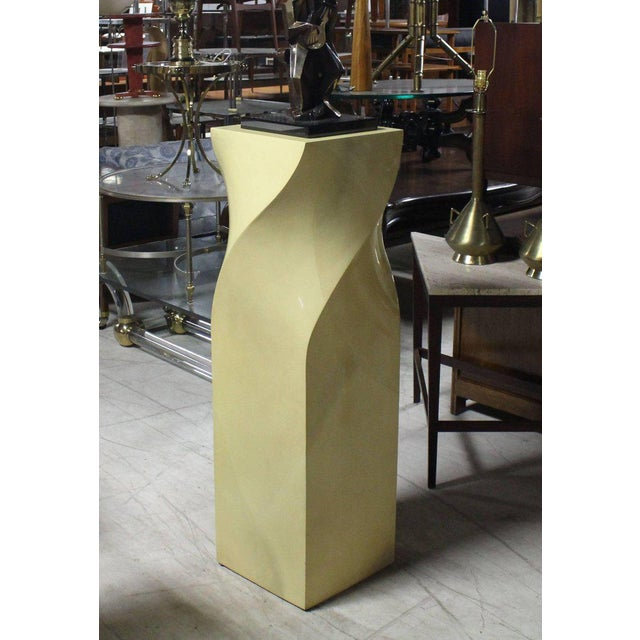 Twisted 14x14 Square Pattern Faux Goatskin Finish Modern Pedestal Stand For Sale - Image 9 of 11