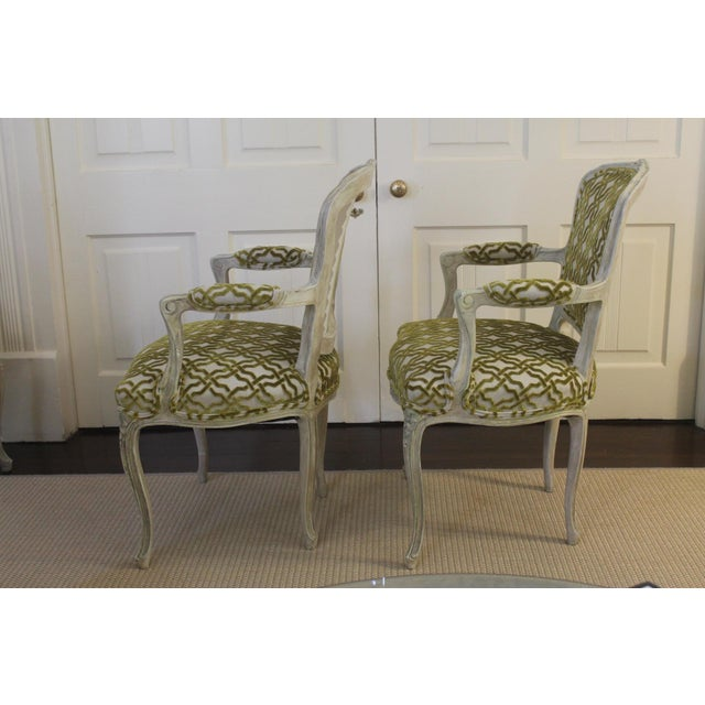 Late 19th Century 19th Century Louis XV Cream and Green Silk Patterned Bergere Chairs - a Pair For Sale - Image 5 of 11