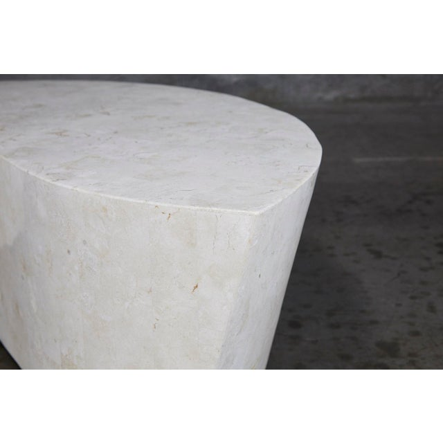 "1990s Contemporary White Freeform Tessellated Stone ""Hampton"" Coffee Table For Sale - Image 10 of 13"