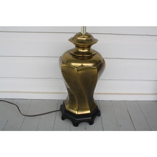 Vintage Chinoiserie Brass Lamp For Sale - Image 4 of 11