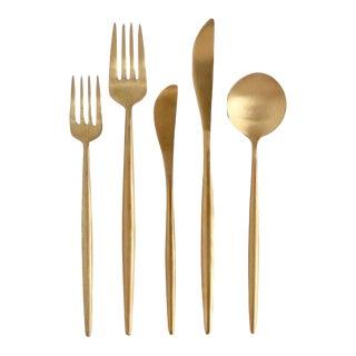 Luna Brushed Gold Flatware Set - Set of 5 For Sale