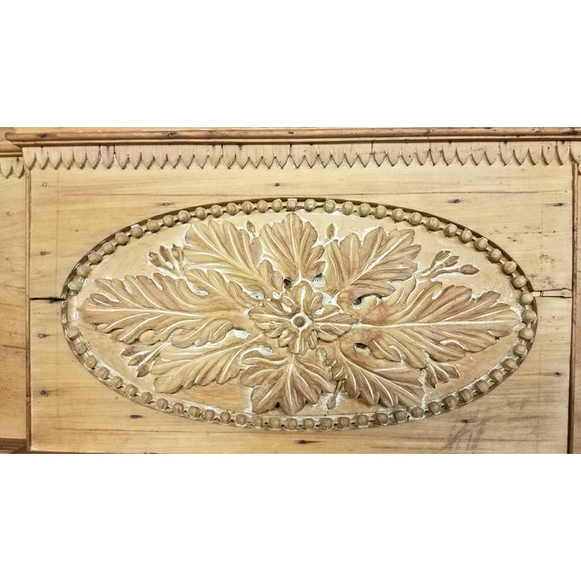 Wood Early 19th Century Federal Wooden Mantel For Sale - Image 7 of 9