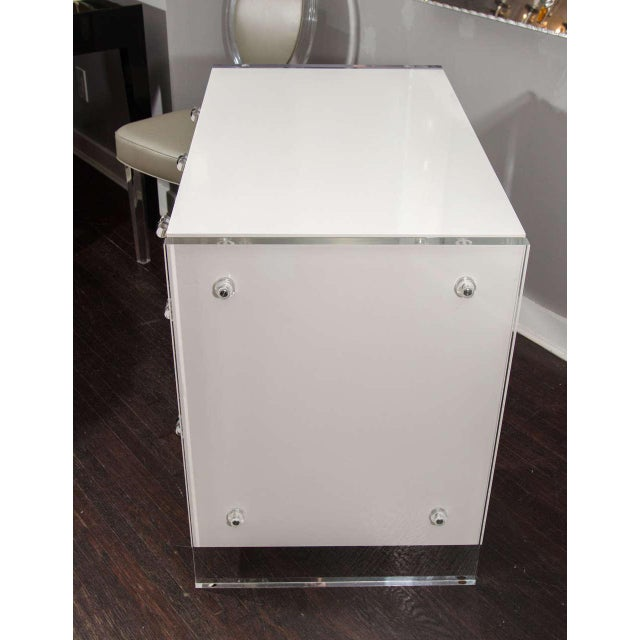 Custom White Lacquer Desk with Lucite Side Panels For Sale In New York - Image 6 of 8