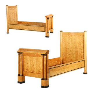 Swedish Biedermeier Birch Antique Beds C. 1840 - A Pair For Sale