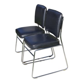 Pair of 1970s Chrome and Vinyl Sled Base Side Chairs / Dining Chairs For Sale