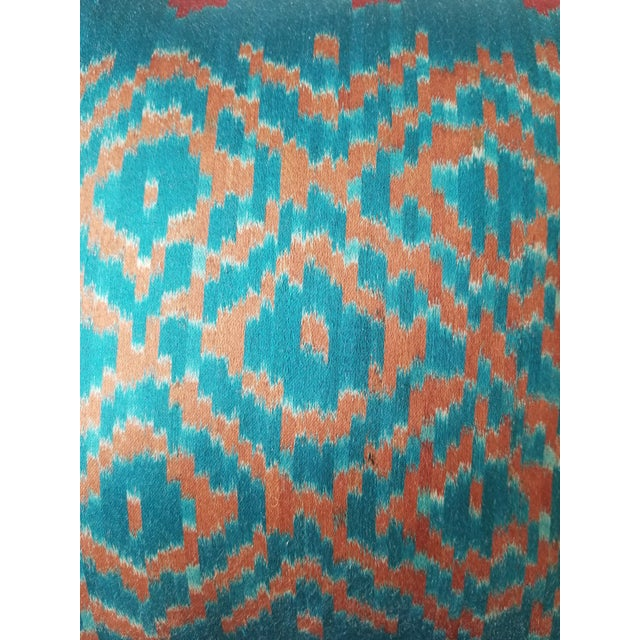 Anglo-Indian Silk Embroidered Tapestry Cushions With Ikat Backs For Sale - Image 11 of 13