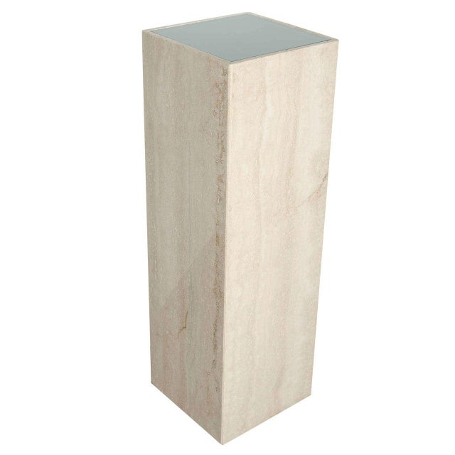 Mid-Century Modernist Travertine Marble and Glass Illuminating Pedestal / Column For Sale In New York - Image 6 of 6