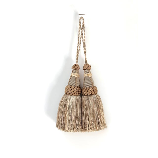 Key Tassels in Khaki and Bronze With Ruche Trim - a Pair For Sale - Image 12 of 12