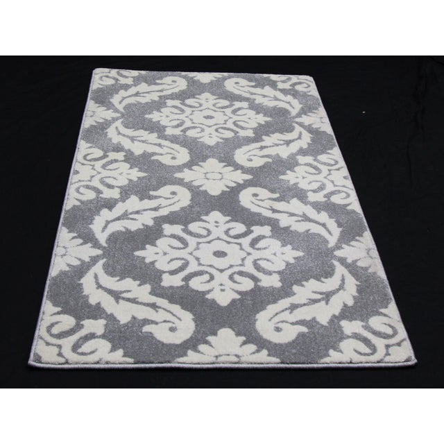 "Small Damask Pattern Rug - 2'8"" X 5' - Image 3 of 3"